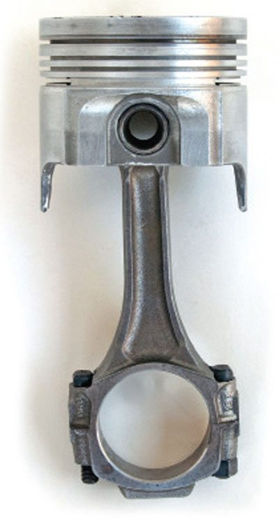 crankshafts connecting rods and pistons guide for chevy big blocks note that no pin retainers are necessary this setup this four ring piston is from a heavy duty 427 truck engine and that s why chevrolet went