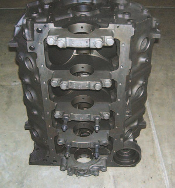 Four-bolt Mark IV blocks have four straight bolts (not splayed) on all five main caps. They were used on all performance applications and most truck applications. Original four-bolt blocks are often suitable for performance builds from 550 to more than 750 hp. (Photo Courtesy Vintage Big Blocks)