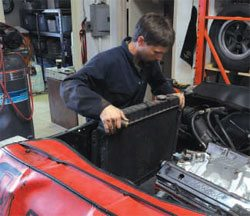Installation and Break-In Guide: How to Build Chevy Small-Block Engines 10