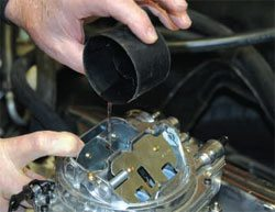 Installation and Break-In Guide: How to Build Chevy Small-Block Engines 19