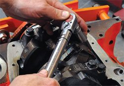 Final Assembly Guide: How to Build Chevy-Block Engines 31