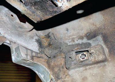 Bodywork and Paint Prep: C3 Corvette Restoration Guide 3