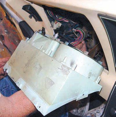 C3 Corvette Restoration Disassembly and Storage 38