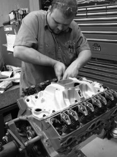 How to Build a Chevy Street Stock Engine for Circle Track Racing