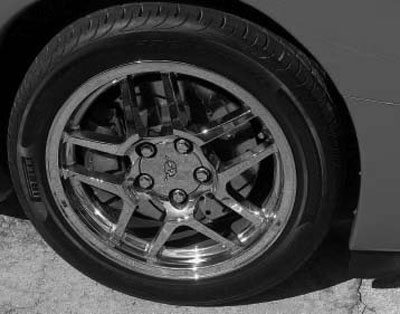 the 10-spoke z06 rims became available in 2001 and were fitted to all 2001–2004  z06 corvettes