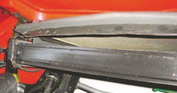 Automotive radiator foam strip