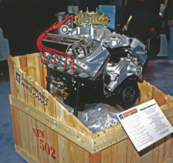 Modern big-block crate engines were never sold in cars, but they have proven to be wildly popular as over-the-counter hot rod engines. Most come complete from pan to carburetor with a Holley 4-barrel carb, hydraulic roller camshaft, pump-gas-compatible 9.6:1 CR, aluminum heads, and all the necessary hardware to make it a plug-and-play powerhouse. (Photo Courtesy GM Media Archive)