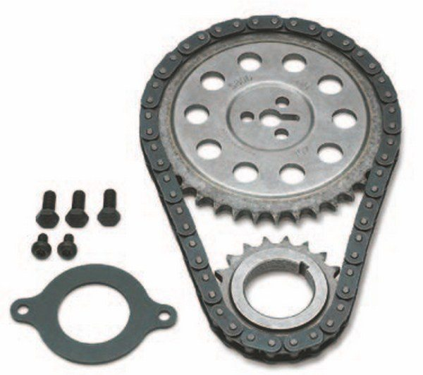 General Motors provides complete timing chain kits (PN 12371053) for Gen VI 502-ci applications equipped with roller lifters. The kit includes aluminum front timing cover, timing chain (PN 10114177), crankshaft sprocket (PN 12550039), camshaft sprocket (PN 12551401), camshaft retainer, and bolts. It is also used in 572-ci engines. (Photo Courtesy Scoggin-dickey Parts Center)