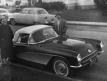 James Fodrea and Alice Henman are on the way to visit the Muncie plant in 1957. Fodrea was the GM engineer whose name is listed on the design patent for the Muncie. Although he is seen with a 1957 Corvette, which came with a T10 4-speed, the design of the T10 and Muncie share the same features.