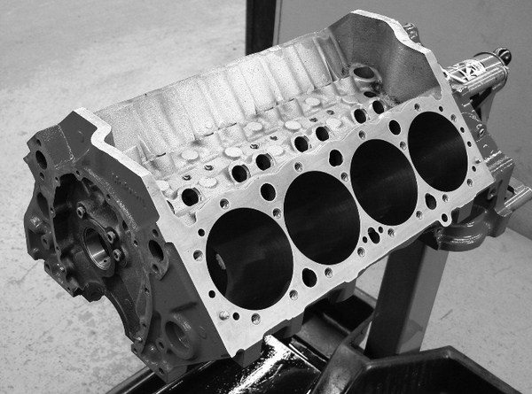 Paring Cylinder Blocks And Fasteners For Chevy Small Block